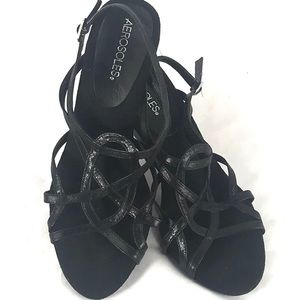 AEROSOLES leather strapy heels 9.5M